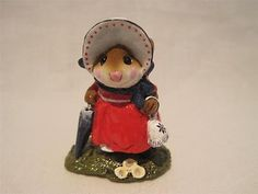 Wee-Forest-Folk-Lady-Mousebatten-Dreams-in-the-Attic-Store-Special-WFF-Box