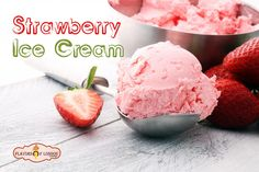 Ice Cream and Gelato Maker homemade ice cream Homemade Strawberry Ice Cream, Banana Ice Cream, Homemade Ice Cream, Strawberry Recipes, Mochi, Dessert Thermomix, Dessert Makers, Frozen Strawberries, Ice Cream Maker