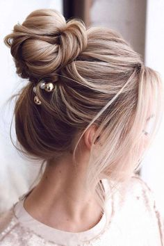 High Bun Center Parted Hairstyles With Bangs ❤ Hairstyles with bangs are appropriate for every hair type. See our collection of sexy hairstyles if you are on the verge of making your decision. #hairstyleswithbangs #lovehairstyles #hair #hairstyles #haircuts Wedding Hairstyles, Date Hairstyles, Holiday Hairstyles, Homecoming Hairstyles, Formal Hairstyles, Hairstyles With Bangs, Center Part Hairstyles, High Bun, Hair Type