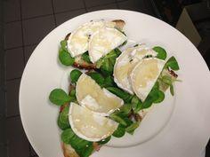 Breakfest sandwiches