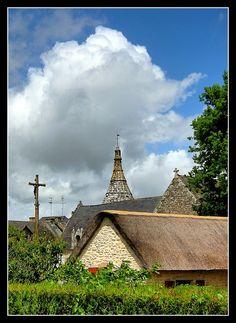 Toits du Guerno - Le Guerno, Bretagne