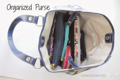 Learn how to get an organized purse, easily! Click to learn more!