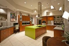 Niiiiice... nnot into the green, but the space, island bench and dual ovens... YES!!!