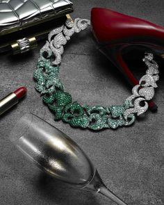 Collier haute joaillerie en diamants et émeraudes – de GRISOGONO ©NicolasMingalon pour Like a B