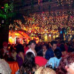 Have fun in Mambo Café in #Cancun! Find it using #wipapps