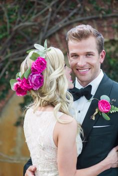 Garden glam wedding hair: http://www.stylemepretty.com/north-carolina-weddings/2014/09/26/garden-glam-wedding-inspiration/ | Photography: Lauren Jolly - http://www.laurenjollyphotography.com/