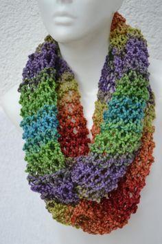 gestrickt - Loop Schlauchschal Schal bunt meliert gestrickt - ein Designerstück von Masche21 bei DaWanda