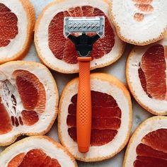 Why So Many Guys Are Loving This Orange Razor