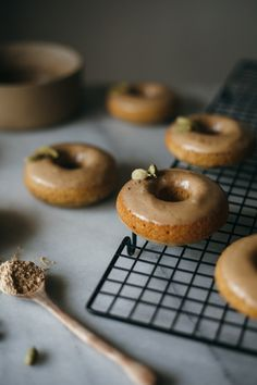 Hawaij (huh-why-adge) Coffee Donuts - hawaij is a yemeni spice blend consisting of ginger, cardamom, cinnamon, nutmeg, & clove ; Delicious Donuts, Delicious Desserts, Baked Donuts, Doughnuts, Easy Desserts, Dessert Recipes, Quick Dessert, Croissants, Muffins