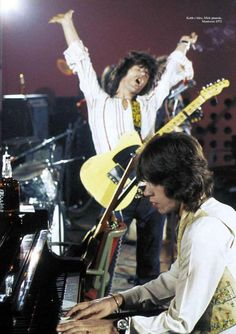 Mick Jagger & Keith Richards .... (1972)