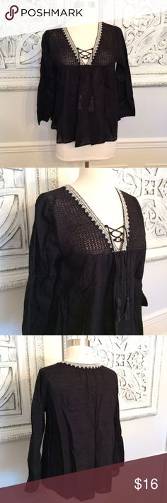 BOHO F21 Peasant Top! NWT Sz. M. Woven black peasant top. 3/4 sleeves. 100% cotton. Shorter body, somewhat cropped. Super cute with high waisted jeans! NWT. Smoke free, clean home. Forever 21 Tops Blouses