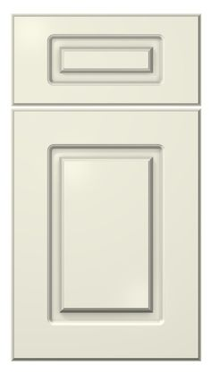 softline door style :: painted :: antique white #kitchen #cabinets #door
