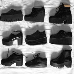- - Women shoes Fashion 2018 - Adidas Women shoes Running Black Friday - Source by shoes 2018 Fashion Mode, Grunge Fashion, Fashion 2018, Look Fashion, Fashion Shoes, Fashion Outfits, Womens Fashion, Gothic Fashion, Sock Shoes