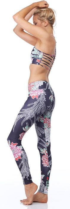 Jala Clothing's Stand Up Paddleboarding Legging in fun prints is available at evolvefitwear.com! #evolvefitwear #printedleggings