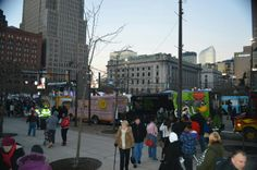Cleveland aeea food truck line up to show their award winning specialties
