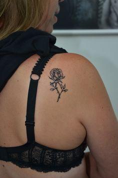 henna rose tattoo, temporary tattoo, temporary tattoo with henna, henna tattoo, geçici dövme , 2 haftalık kına dövmesi, geçici gül dövmesi, bodrum tattoo, tattoo bodrum, ali baba tattoo, https://www.facebook.com/bodrumalibabatattoo