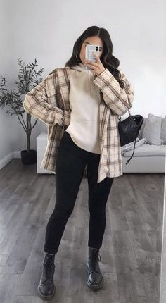 Cute Preppy Outfits, Warm Outfits, Casual Fall Outfits, Edgy Outfits, Teen Fashion Outfits, Cool Outfits, Pastel Outfit, Facon, Looks Vintage