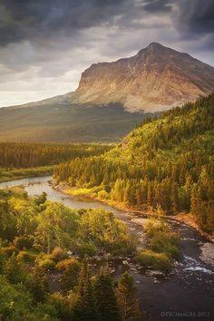 ✯ Glacier National Park- Montana Places To Travel, Places To See, Travel Destinations, Places Around The World, Around The Worlds, Beautiful World, Beautiful Places, Glacier National Park Montana, Glacier Park