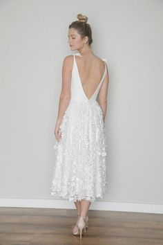3 Magical Clever Tips: Wedding Dresses Fit And Flare Backless wedding gowns beaded magazines.Wedding Dresses Off The Shoulder Modest wedding gowns beaded magazines. Celebrity Wedding Dresses, Country Wedding Dresses, Wedding Dresses Plus Size, Modest Wedding Dresses, Colored Wedding Dresses, Bridal Dresses, Wedding Gowns, Princess Wedding Dresses, Wedding Blog