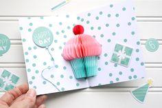 Aly Dosdall: pop-up cupcake birthday card   video tutorial