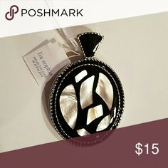 Lia Sophia MOTHER OF PEARL Slide Mother of Pearl surrounded by Black and Silver Lia Sophia Jewelry Necklaces