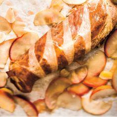 Ricardo's recipes : Roasted Pork Tenderloin with Prosciutto and Apples Pork Loun, Pork Roast, Mustard Pork Tenderloin, Cooking Recipes, Healthy Recipes, Healthy Food, Ricardo Recipe, Roasted Pork Tenderloins, Filets