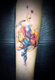 Best watercolor tree tattoo back beautiful 39 ideas Body Art Tattoos, New Tattoos, Sleeve Tattoos, Forearm Tattoos, Watercolor Tattoo Tree, Watercolor Leaves, Watercolor Ideas, Watercolor Rose, Watercolor Background