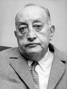 Miguel Ángel Asturias escritor, poeta. Premio Nobel de Literatura n.en Guatemala 1899+1974 en París