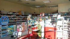 Аптеката работи с жълти и зелени рецепти.