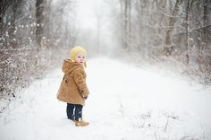 Winter Outdoor Infant Photography in the Snow | The Little Umbrella