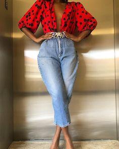 Nothing better than a pop of pink? Shop this blazer by clicking link in bio Black Girl Fashion, Look Fashion, 90s Fashion, Autumn Fashion, Fashion Outfits, Womens Fashion, Classy Fashion, Ladies Fashion, Unique Fashion