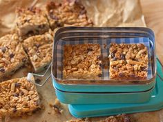 Giada makes her own Peanut Butter Granola Bars with a mixture of peanut butter, oats, slivered almonds and mini chocolate chips.