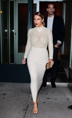 Kim Kardashian Bodysuit - Wearing a white Veronique Leroy mesh bodysuit and a tight maxi skirt, Kim Kardashian managed to look oh-so-sexy without showing too much skin. Kardashian Photos, Kardashian Style, Kardashian Jenner, Kardashian Fashion, Kardashian Family, Fashion Week, Look Fashion, Womens Fashion, Sexy Posen