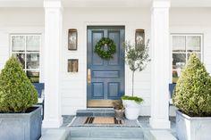 White modern farmhouse style with white siding with blue high gloss door, bluestone, white windows Modern Farmhouse Exterior, Farmhouse Front, Farmhouse Style, Exterior Colors, Exterior Paint, Indoor Outdoor Rugs, Outdoor Decor, Outdoor Living, White Siding