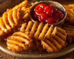 Petites gaufres apéritives façon chips aux pommes de terre et aux épices : http://www.fourchette-et-bikini.fr/recettes/recettes-minceur/petites-gaufres-aperitives-facon-chips-aux-pommes-de-terre-et-aux-epices