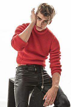 themenissue:  Photo by Adriano Russo Styling Carlo Ortenzi for Sportweel Model Dan Van Der Deen