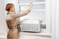Midea: The Window Air Conditioner, Reinvented - - Carolin Best Window Air Conditioner, Best Curl Cream, Window Unit, Best Windows, Innovation Design, Inventions, Separates, Conditioning, Product Design