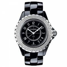 Montre J12 étanche quartz céramique noire lunette diamants 33 mm - Chanel #watch