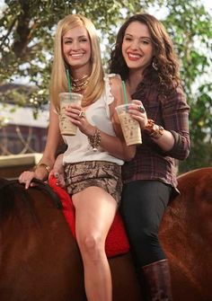 2 Broke Girls.....The Biggest Favourites Of 2012