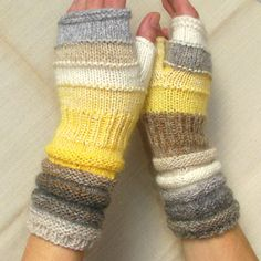 Hey, I found this really awesome Etsy listing at https://www.etsy.com/listing/169742739/white-fingerless-gloves-from-spring-sun