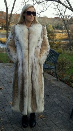 Womens Natural Montana Lynx Fur Belly Only Full Length Coat Sz M Sz L $28 000 | eBay