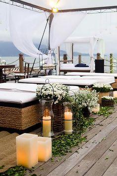 Decoração com velas para casamento na praia Cruise Wedding, Wedding 2017, Our Wedding, Dream Wedding, Wedding White, Wedding Dreams, Sunset Party, Sunset Wedding, Seaside Wedding