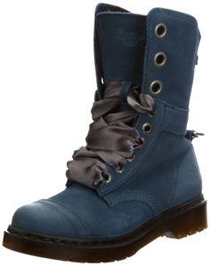 Amazon.com: Dr. Martens Women's Aimee Boot: WAAAANNTTTTTTTT  SIZE 8 PLEAZZZEEEE
