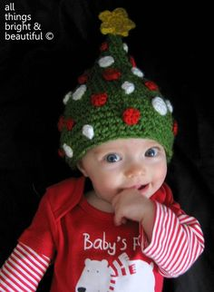 8bd8a1c455544 All Things Bright and Beautiful  Christmas Tree Beanie - by All Things  Bright and Beautiful. Link leads directly to the free pattern.