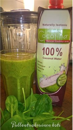 Pullantuoksuinen koti: Dagen efter - aamubooster smoothie Morning boost smoothie with delicious Cocofina coconut water