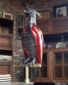 Artist Recycle Old Motorbike Parts Into Scrap Metal Animal Sculptures – Steampunk Tendencies Metal Art Projects, Metal Crafts, Motorbike Parts, Sculpture Metal, Motorcycle Shop, Scrap Metal Art, Junk Art, Dutch Artists, Super Bikes