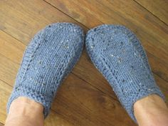 i love this slipper pattern!  i found it while browsing on ravelry  (iwould get a lot more knitting done if i would stay off rav...