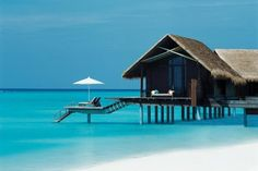 Maldives Best Honeymoon Destinations - Popular Honeymoon Destinations | Wedding Planning, Ideas & Etiquette | Bridal Guide Magazine #MaldivesDestination
