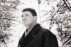 Mario Lemieux is considered by be the most talented hockey player ever to play in the NHL, 3 Stanley Cups, 3 MVPs & 1723 points in only 915 games . Pens Hockey, Hockey Teams, Ice Hockey, Pittsburgh Sports, Pittsburgh Penguins Hockey, Save The Penguin, Bobby Hull, Hockey Boards, Mario Lemieux