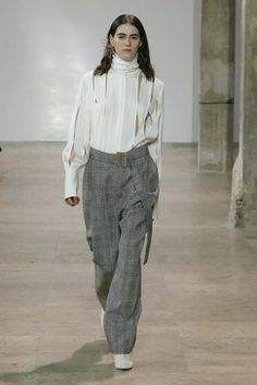 Ellery Fall 2017 Ready-to-Wear Collection Photos - Vogue Fashion Today, Fashion Week, Fashion 2017, Runway Fashion, Backstage, Fashion Show Collection, Vogue Paris, Passion For Fashion, Autumn Winter Fashion
